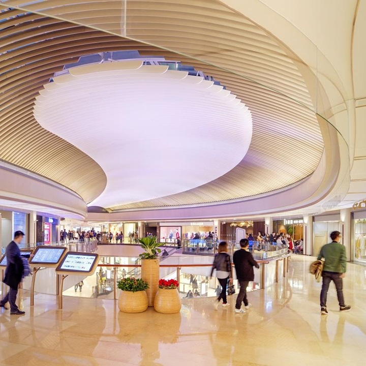 "With the ""Dare for More"" motto, the shopping mall of HKRI Taikoo Hui presents a diverse merchandise mix."